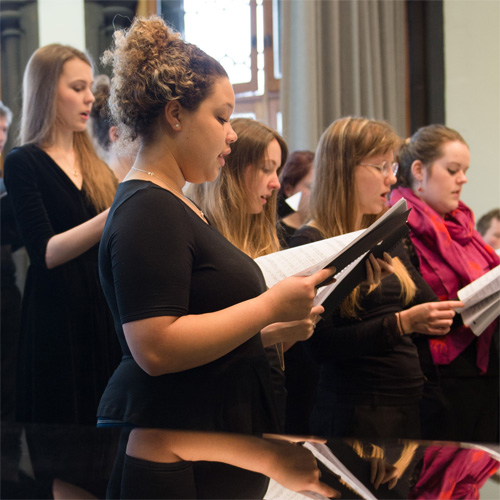 Robert Burns choral settings: from Schumann to MacMillan